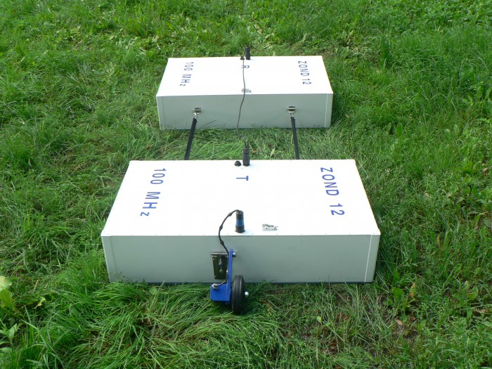 Антенна 100 МГц (поверхностная, экранированная)